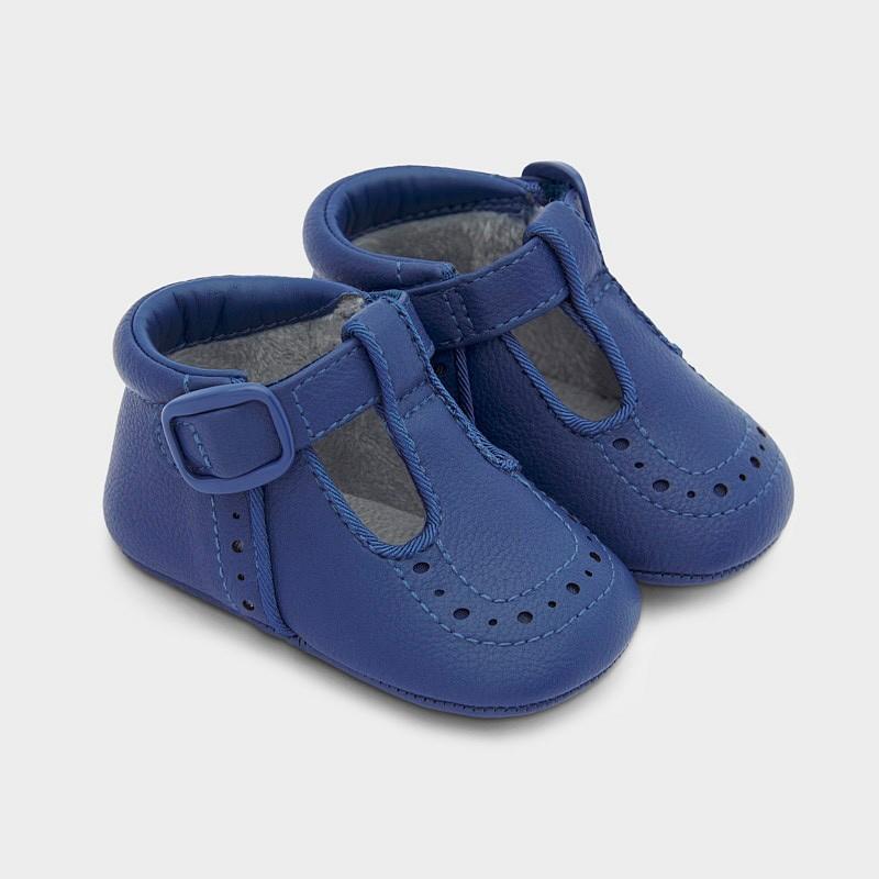 Обувчици за бебе Mayoral