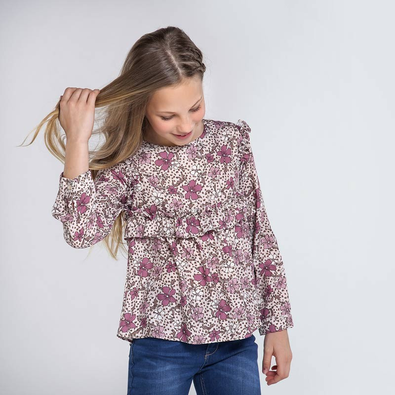 Елегантна блуза за момиче...