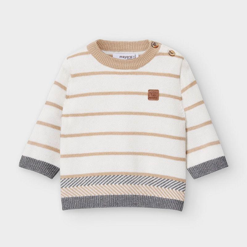 Пуловер за новородено момче...
