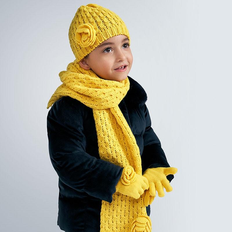 Комплект шапка, шал и...