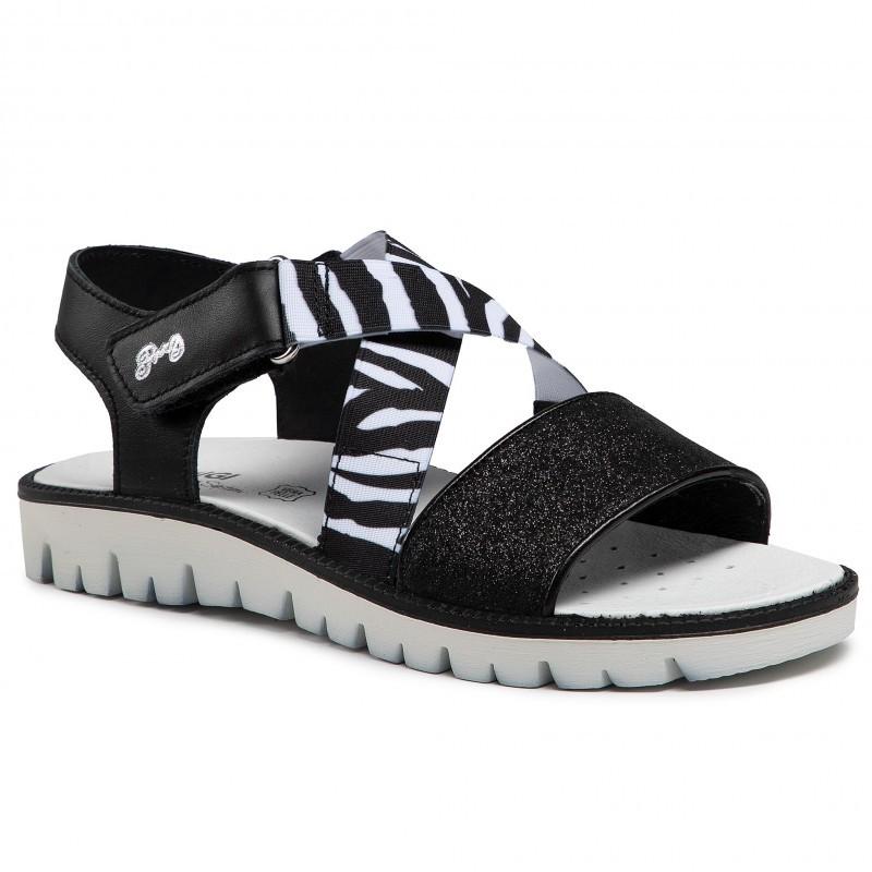 Ефектни сандали за момиче PRIMIGI