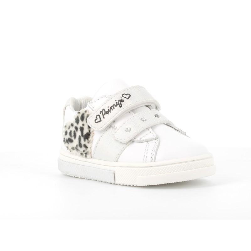 Обувки за момиче сърце PRIMIGI