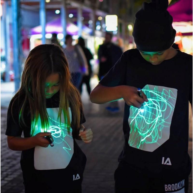Светеща тениска за момичета и момчета