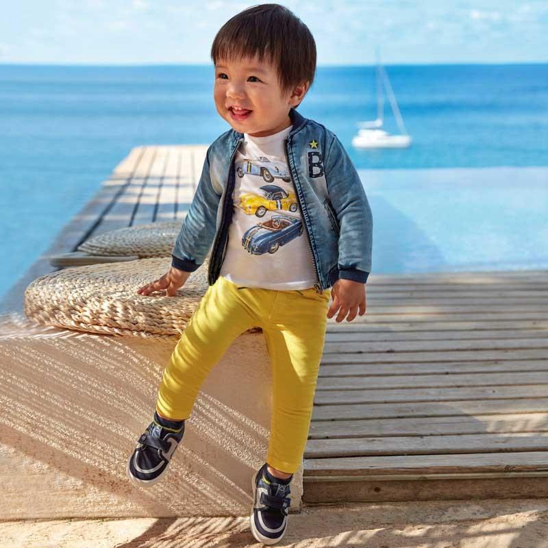 Памучен панталон за момче...