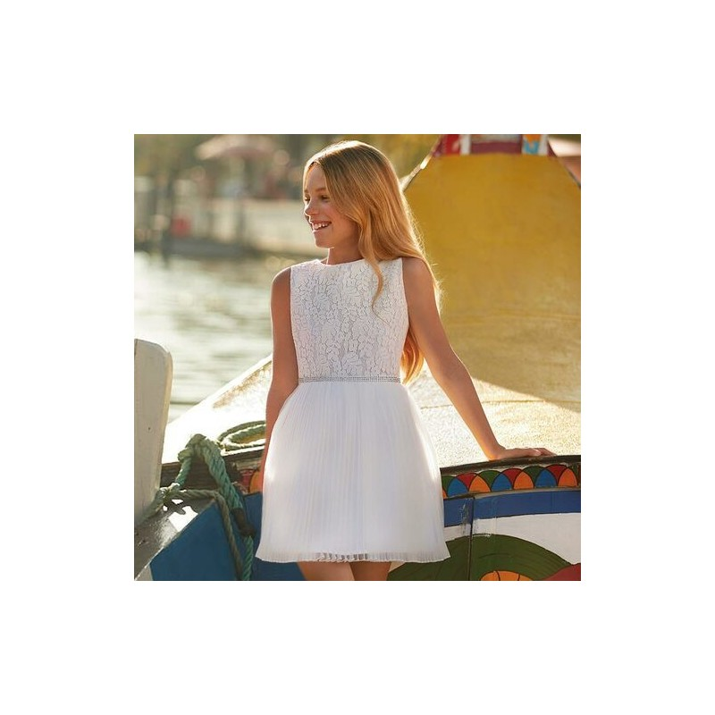 Елегантна рокля с дантела Mayoral