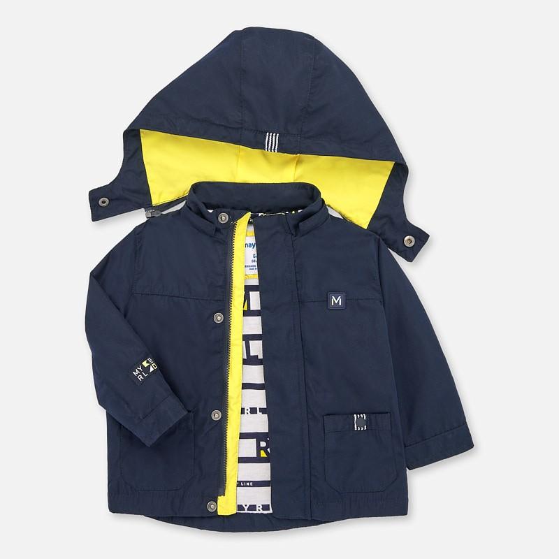 Непромокаемо яке за бебе...