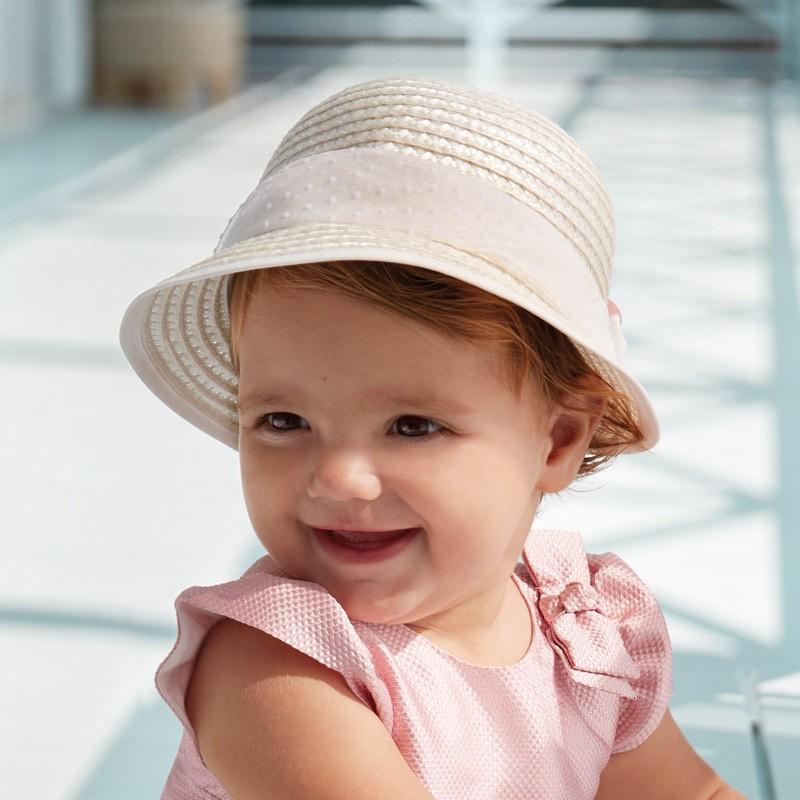 Шапка за бебе момиче Mayoral