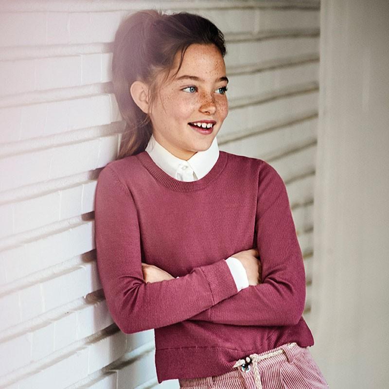Елегантен пуловер за момиче...