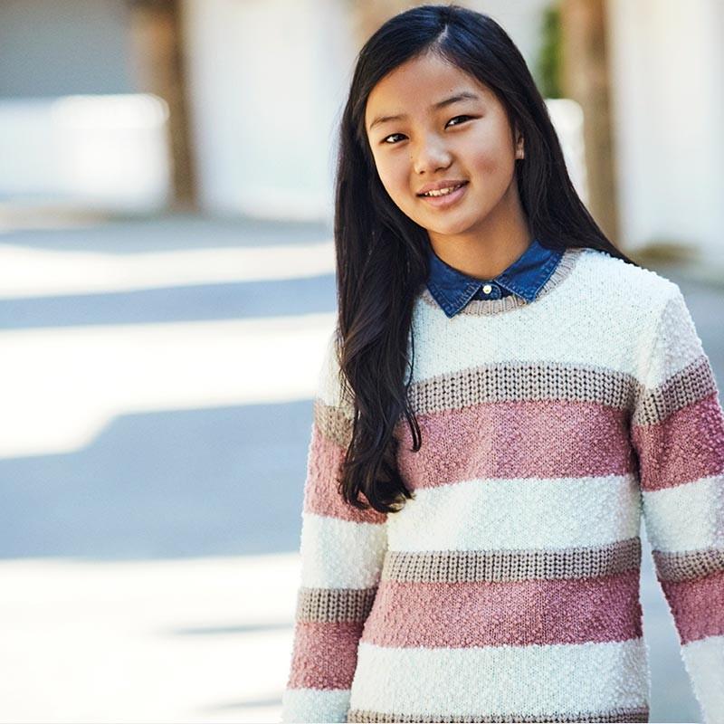 Пуловер на райета за момиче...